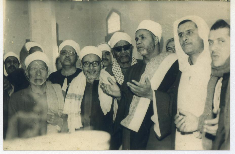 سيدنا الشيخ أبو بكر سيدنا الشيخ العزازي سيدنا الشيخ صابر المصري مع الإخوان